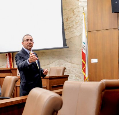 Courtroom Champions: Cappello Program Turns UCLA Law Into a Trial Advocacy Destination